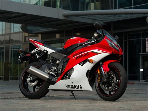 2013 Yamaha YZF-R6 Review - Gallery - Top Speed