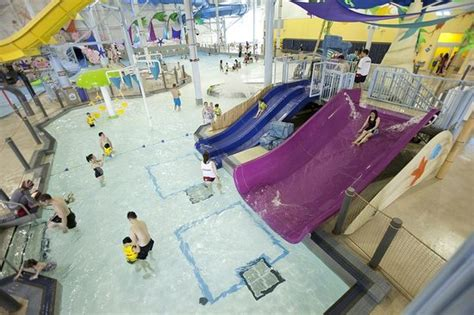 Adventure Bay Family Water Park (Windsor) - All You Need