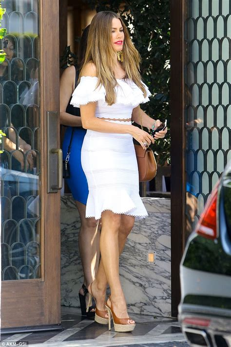 Sofia Vergara Takes on Summer with Cold-Shoulder Fashion